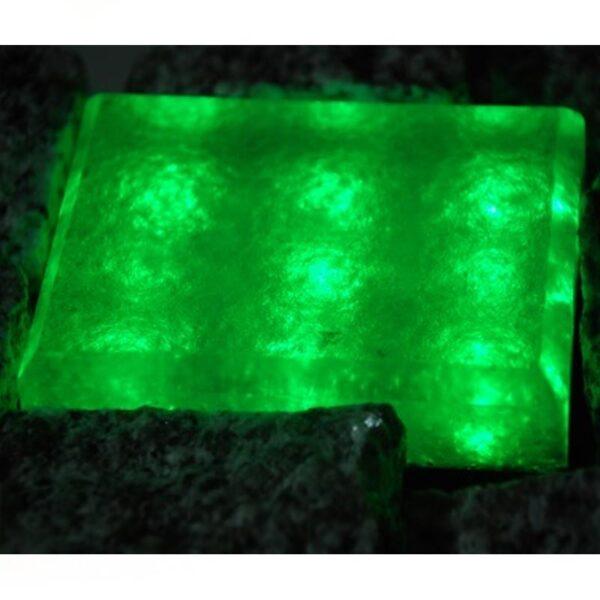 Šviečianti LED trinkelė GRANIT 8x10x5cm